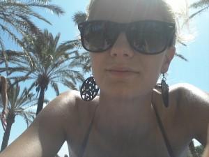 Bronzer à la plage c'est bien, bronzer à la plage sous les palmiers c'est mieux !!! 20130731_160037-300x225